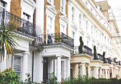 apartments-architecture-balconies-1000985